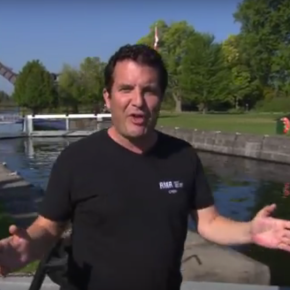 Just in : Rick Mercer hits the Rideau Canal in Smiths Falls, Ottawa