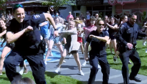 Flashmobs united us : Is a comeback in theoffing?